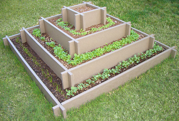 pyramid garden bed empty